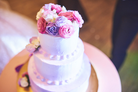 Beautiful of Wedding Cake with Flowers on Top