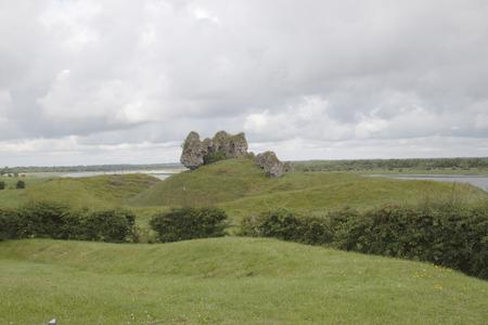 Rovine e paesaggio croci celtiche irlandesi Archivio Fotografico - 72182776