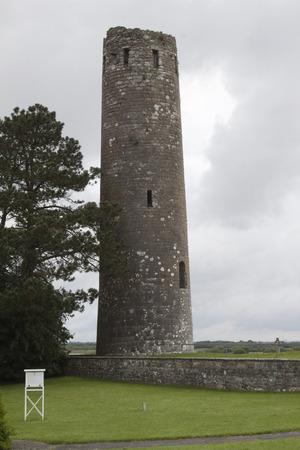 Rovine e paesaggio croci celtiche irlandesi Archivio Fotografico - 72182654