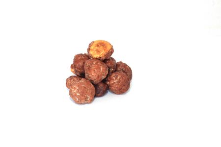 dried toasted hazelnuts produced by pastry