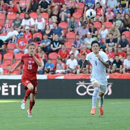 05062015 PRAGUE _ Ladislav Krejci. Hyunjun Suk. Friendly match Czech Reublic - South Korea
