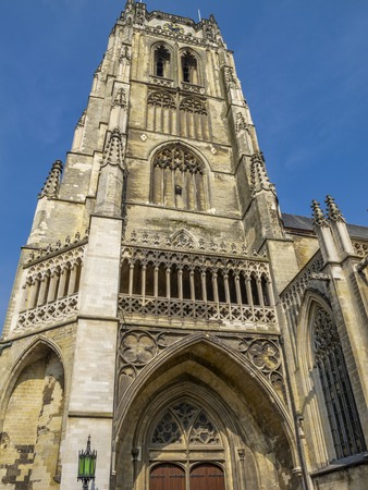 Tongeren Basilica, Onze-Lieve-Vrouwe Basiliek bell tower exterior partial view in the oldest town of Belgium 免版税图像