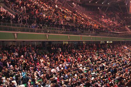 grandstand: Varsovia, Polonia - 18 de septiembre de 2010 - multitud en el estadio Legia durante la ceremonia de apertura de la competencia deportiva internacional de Juegos Ol�mpicos especiales de verano Europeo - 2010 ELIOS - para los atletas con discapacidad intelectual.