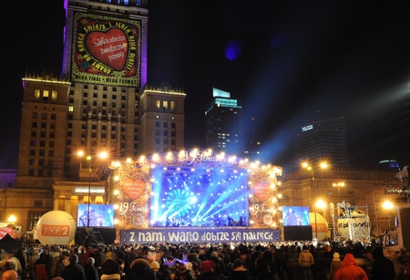Warschau, Polen - januari 09, 2011 - Een van de 800 concerten in Polen - eerste zondag van elk jaar, tijdens de liefdadigheid aandeel Great Christmas Aid Orchestra voor lijdende kinderen. Redactioneel