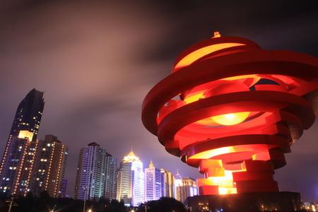 gules: Qingdao May wind