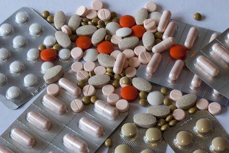 Different types of pills in blister packs 免版税图像