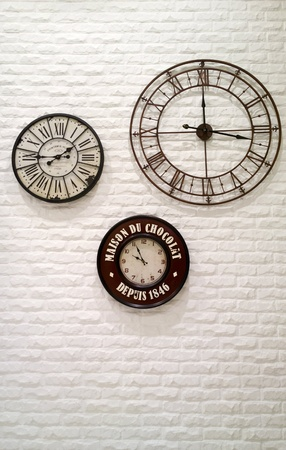 tile: Vintage clocks on the wall