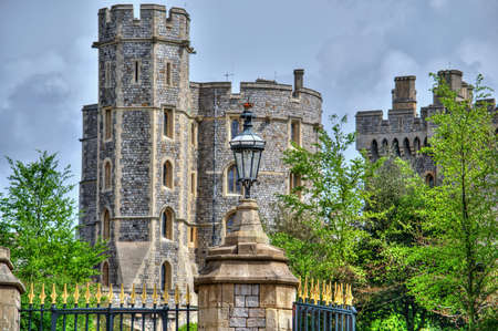 windsor: Colorful image of Windsor castle in HDR.