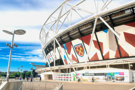 LONDON, UK - JUNE 2 2020: Olympic stadium that closed in 2013 after the London Olympics. The stadium re-opened in July 2016, after renovation and it became the home of West Ham United Football Club Редакционное