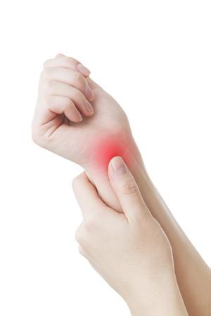 Schmerzen in den Gelenken der Hände. Karpaltunnelsyndrom. Isoliert auf weißem Hintergrund. Pflege des weiblichen Händen.