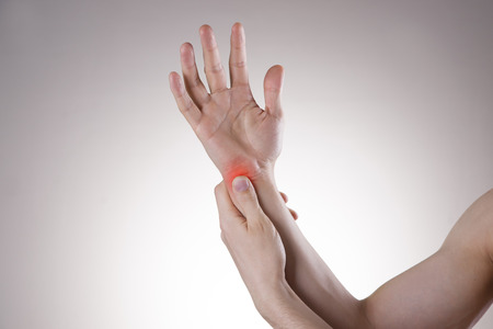 carpal tunnel: Pain in the joints of the hands. Carpal tunnel syndrome. Care of male hands.