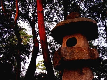 bright: Stone temple