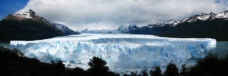 moreno glacier: panorama Perito Moreno Glacier,Patagonia,Argentina