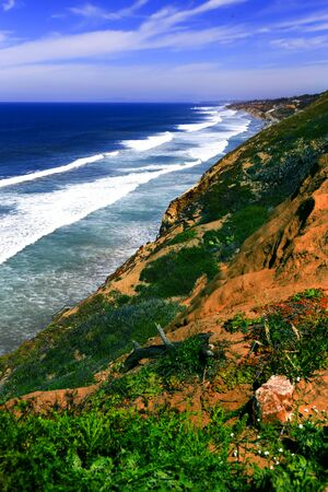 A view of the expansive and beautiful California coastline from Torrey Pines State Park, San Diego, California 写真素材