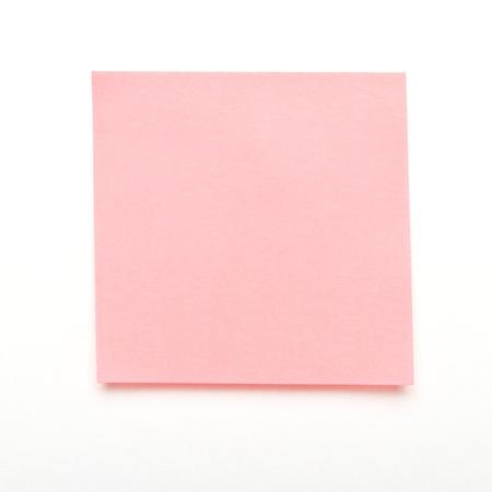 Lumière adhésif self rose après il note isolé sur fond blanc. Banque d'images