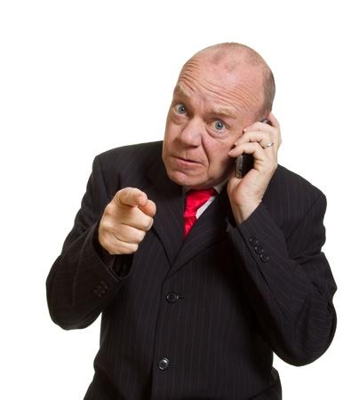 senior businessman Expressive isolé sur blanc pointage concept doigt