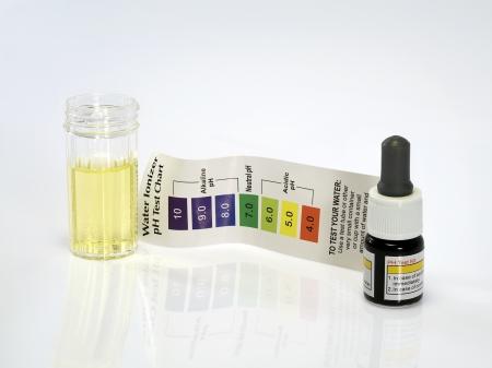 Ph �cido reactivo de prueba de agua �cida Foto de archivo - 20339454
