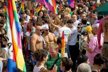 Bolonia, Włochy, 09 czerwca 2012 - Gay Pride w Bolonii 09 czerwca 2012 demonstracja na rzecz równych praw dla osób Publikacyjne