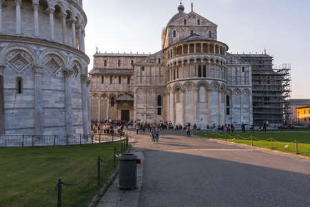 Pisa, Italy-October 21, 2018: view of the famous cathedral from the leaning tower located in the famous square of miracles in Pisa during a sunny day Redactioneel