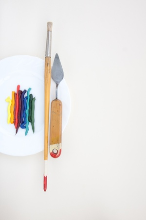 palette knife: oil paint with vintage painting instruments
