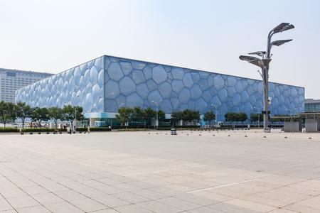 piscina olimpica: Beijing, China - 20 jun, 2016: Vista del Centro Nacional Acu�tico, el Cubo de Agua, de Beijing.