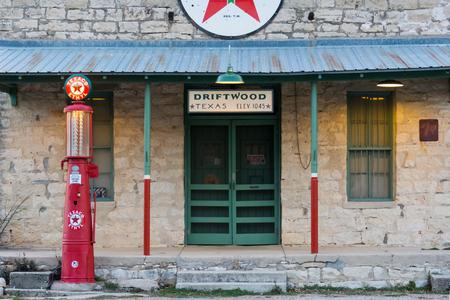 1920 년대 시대 텍사코 가솔린 역 III