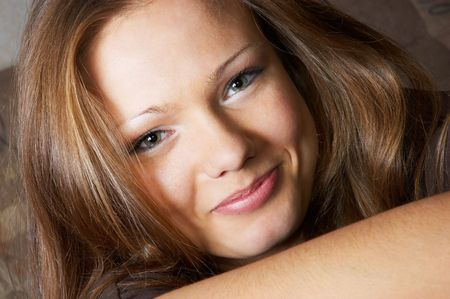 amused glance of smiling young pretty woman :-) Stock Photo - 625401