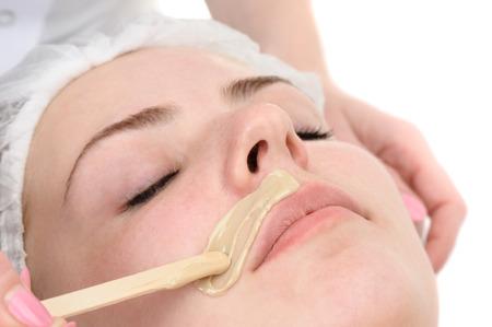 schoonheidssalon, snor ontharen, gezichtsbehandeling huid en zorg