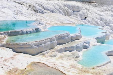 Travertijn zwembaden en terrassen in Pamukkale, Turkije Stockfoto