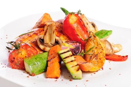chicken fillet: grilled chicken fillet and vegetables