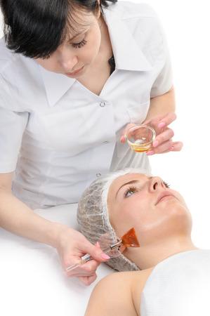 Gesichtspeeling Maske Anwendung