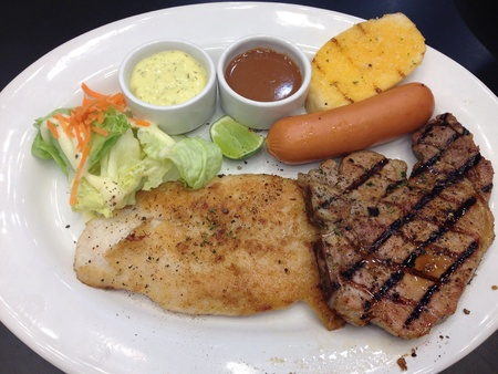 grill: Mixed steak