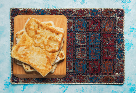 Afghan Bolani  veggie stuffed flatbread. Top view Imagens