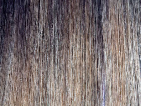 Gradient color on the hair. Colored staining of the hair. Standard-Bild - 157344895