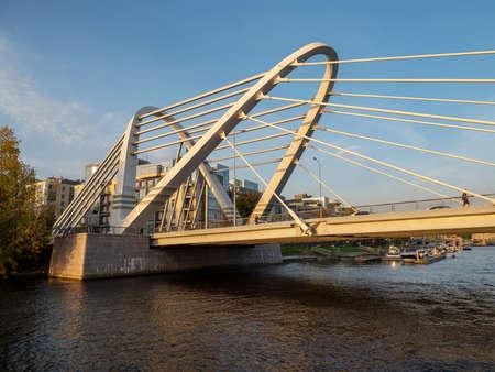 Lazarevsky bridge over the Malaya Nevka in Saint Petersburg. Connects Petrogradsky and Krestovsky Islands Standard-Bild - 157712073