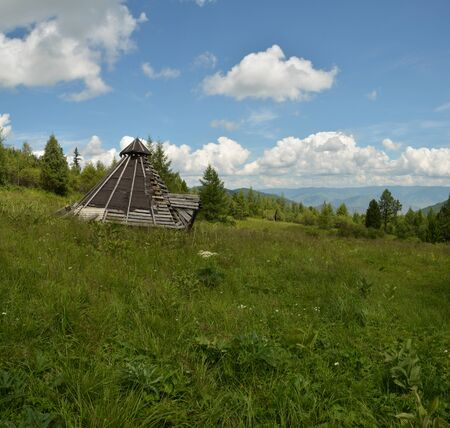 traditional Altai building from logs ail