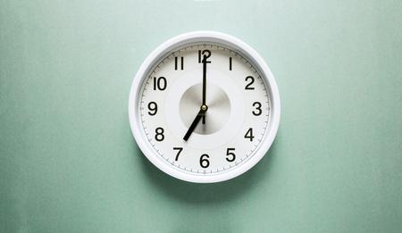 seven o'clock: seven oclock Stock Photo