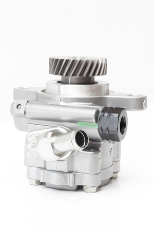 auxiliary water pump heating system of the second-row seat of the car. Heater assy / viscous with magnet clutch