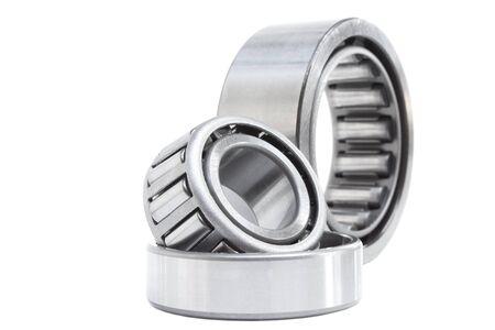 bearings: various bearings lie on a gray background