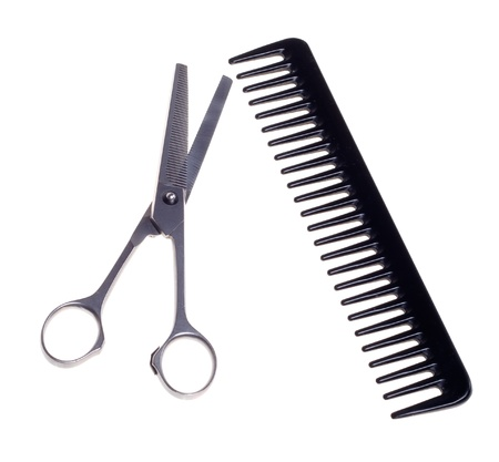 tarak: Hairdressing scissors and comb  isolated on a white background. Stok Fotoğraf