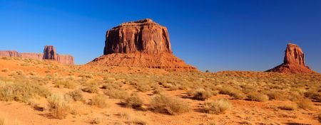 panoramics: A panorama of Merrick Butte between two Mittens, Monument Valley, Navajo Nation, Utah Stock Photo