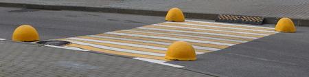 Unregulated cross-street pedestrian crossing