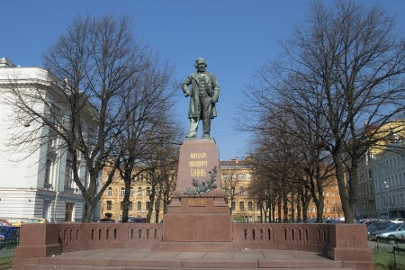 mikhail: Monument to composer Mikhail Glinka in St  Petersburg