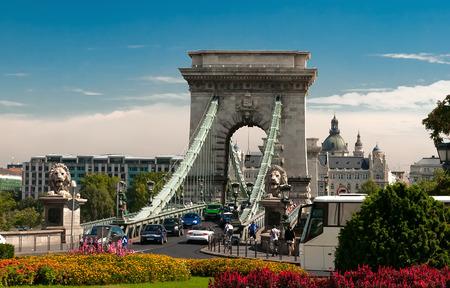 szechenyi: Szechenyi Lanchid Budapest Hungr�a