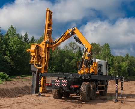 piling: Machine vibration during piling work