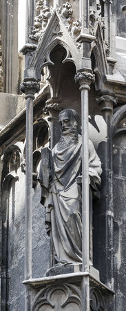 apostle paul: Sculpture of the Apostle Paul on the wall of the Cathedral of St  Stephen