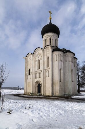 nerl: Church of the Intercession on the River Nerl (build in 1158) in winter Stock Photo