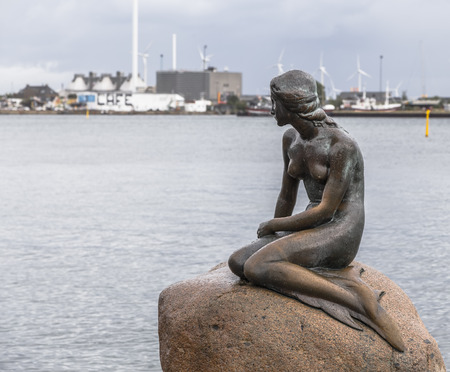 COPENHAGEN, DENMARK - AUGUST 14, 2013: Statue of the little Mermaid in Copenhagen, Denmark. Stock fotó