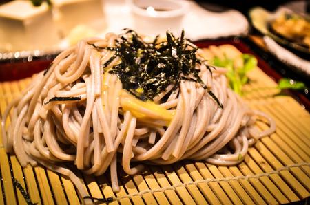 nori: Zaru soba with Nori seaweed wakame Stock Photo
