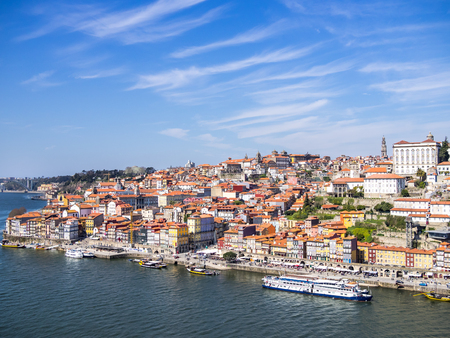 The porto ribeira from the top of the Luis I bridge